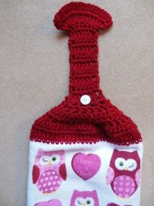crochet hanging towel - with button