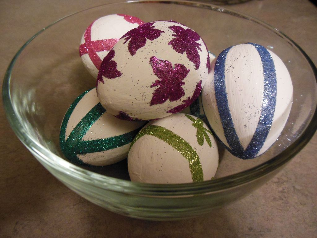 Glitter eggs - finished 2
