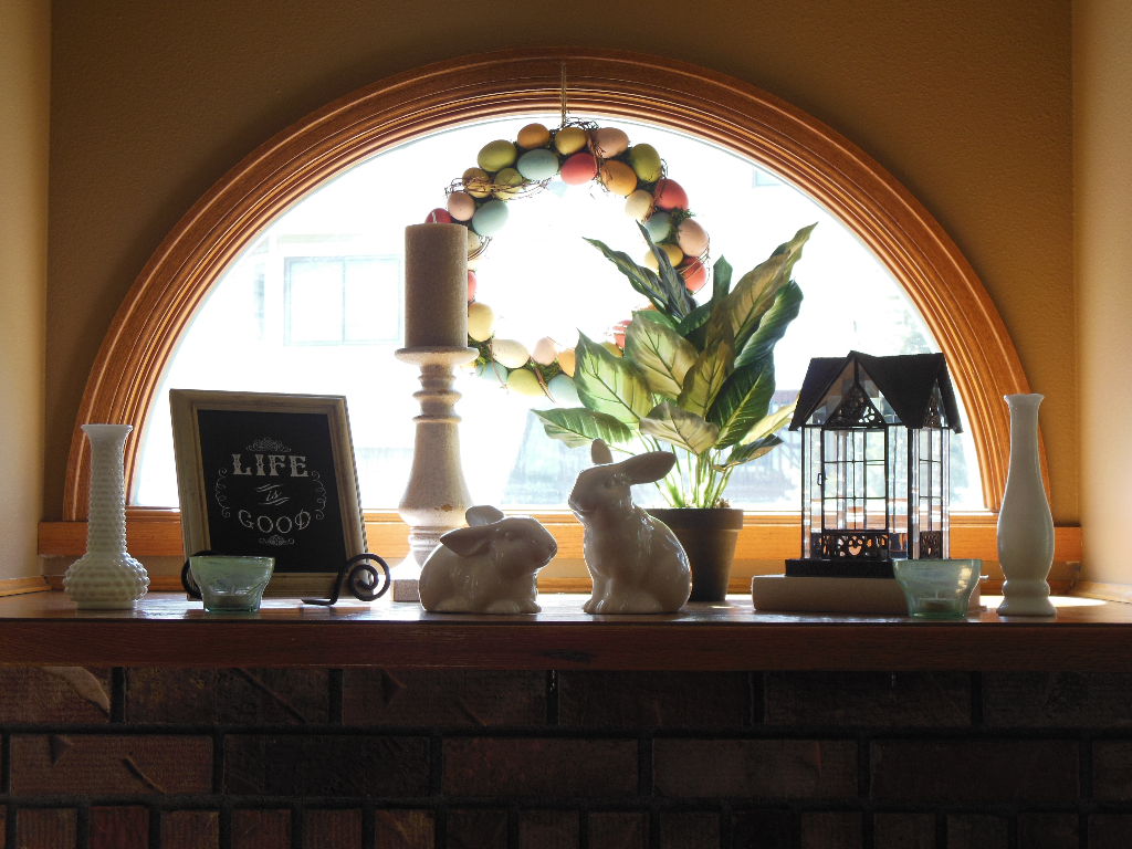 Easter Mantel 2015