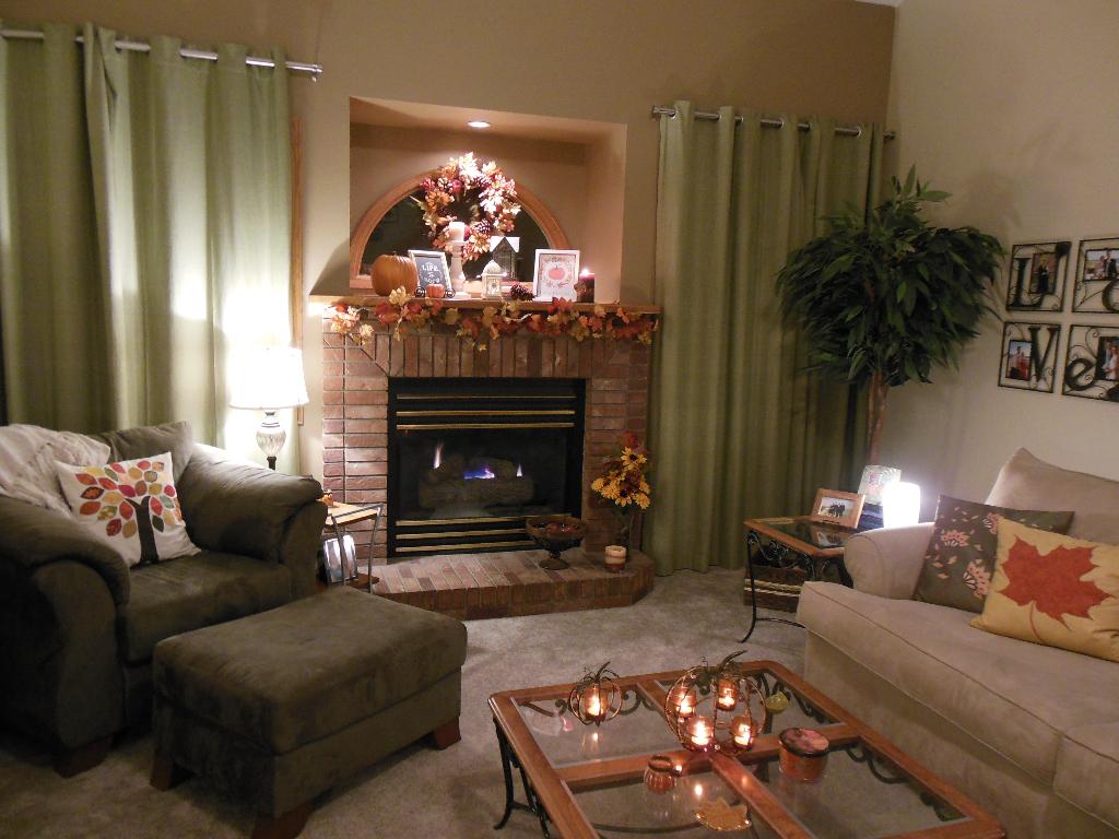 Fall1_2015_living_room